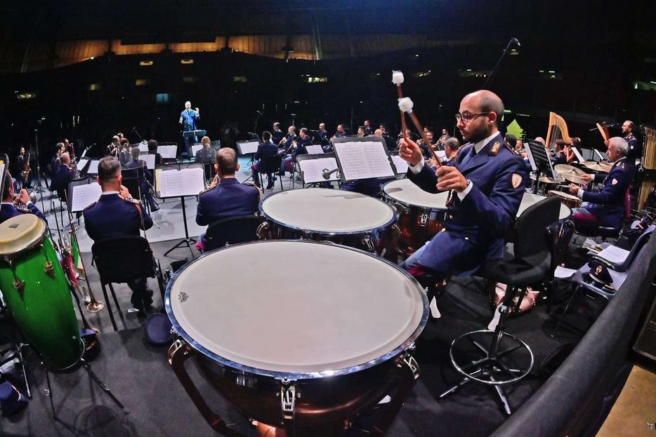 Il concerto della Polizia di Stato che ha concluso il Festival Mascagni