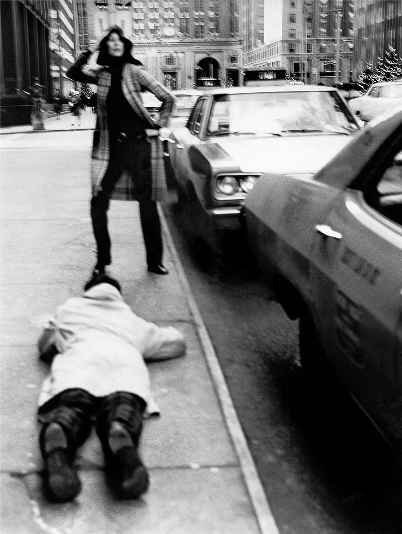 Bob Krieger a New York sul set di Missoni, 1969