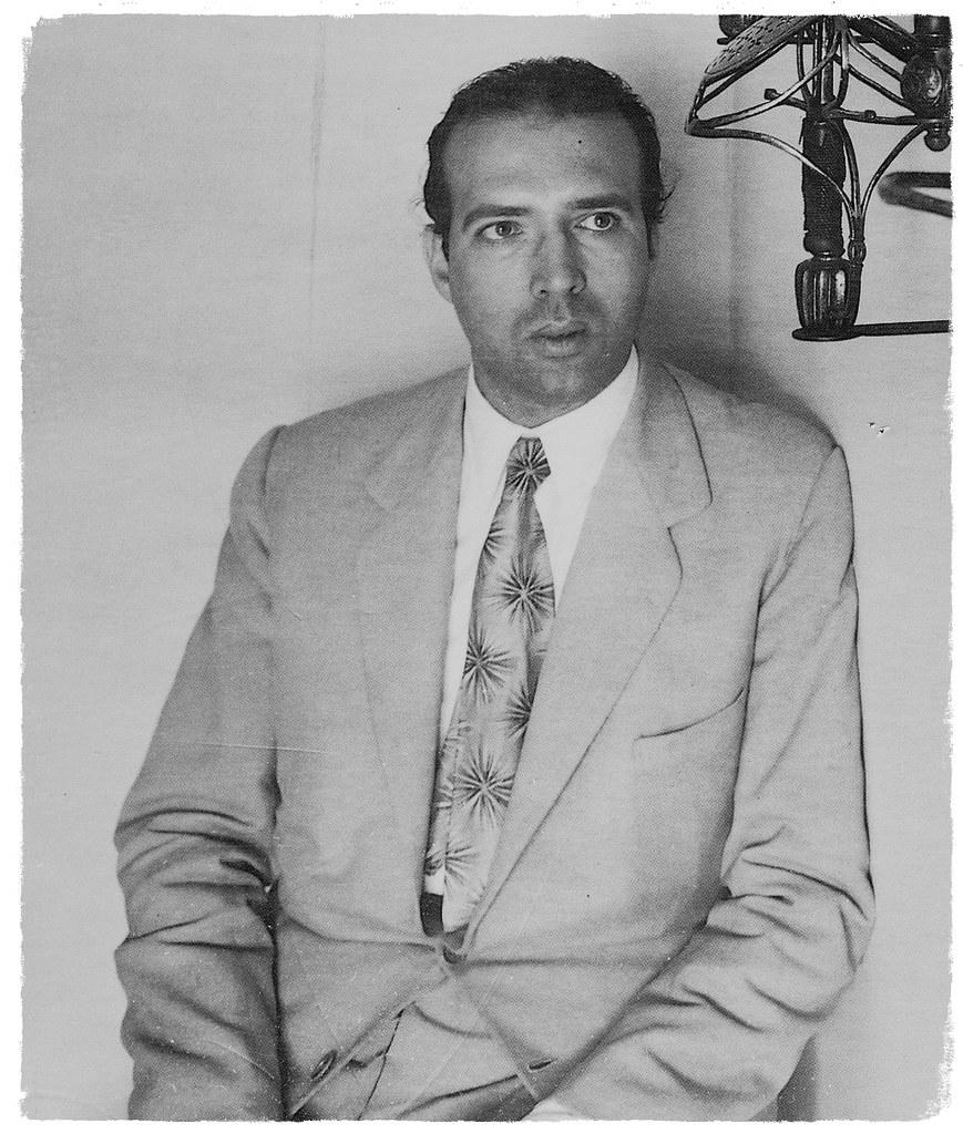 Lo scrittore Juan Eduardo Cirlot