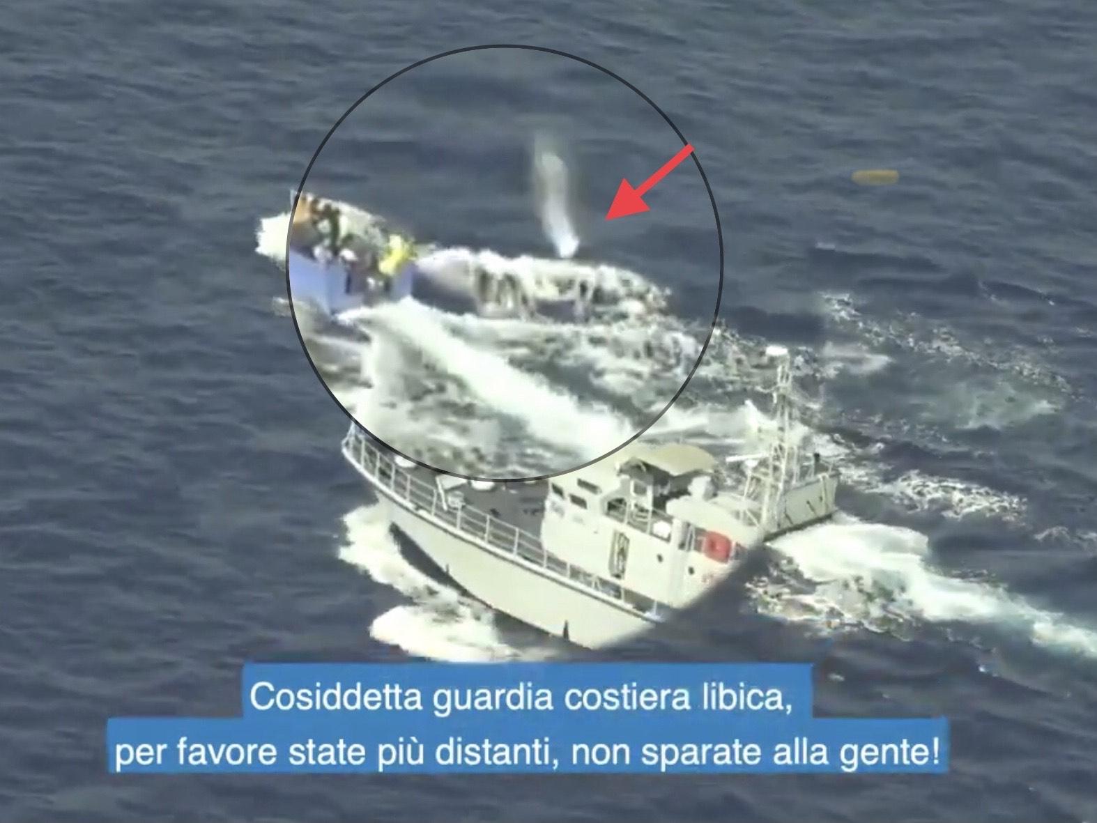 L'aggressione della motovedetta libica su cui indaga la procura di Agrigento