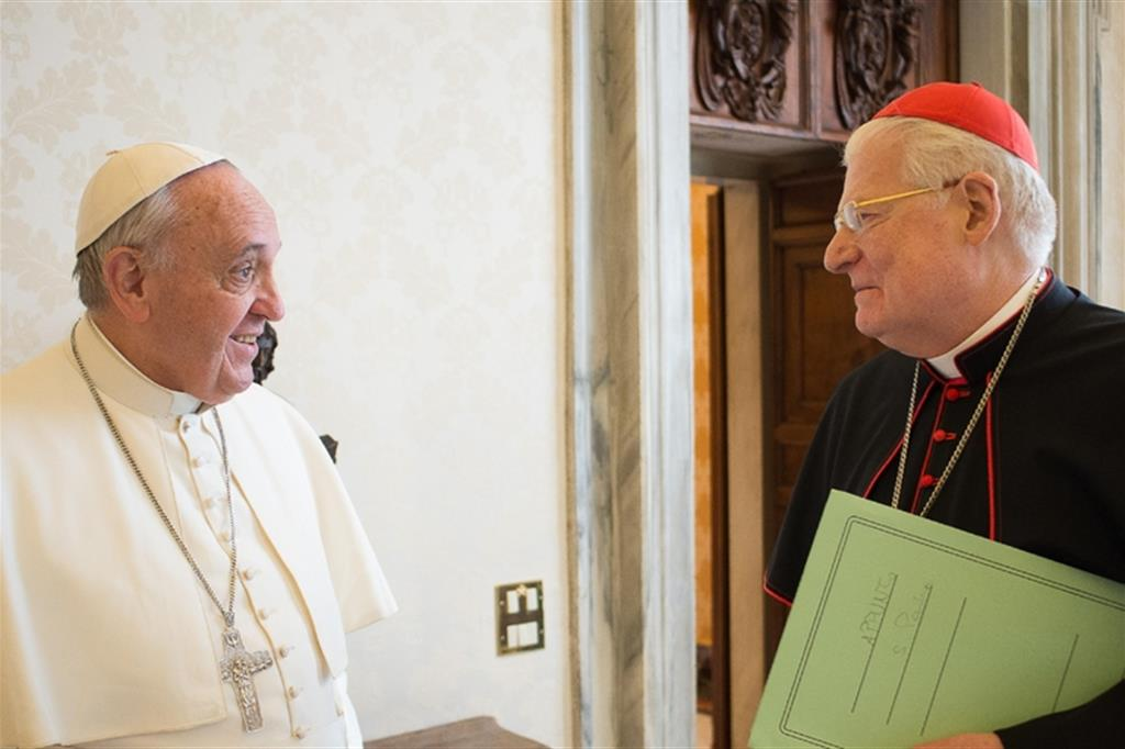 Papa francesco sar a milano il 25 marzo - Papa francesco divano ...