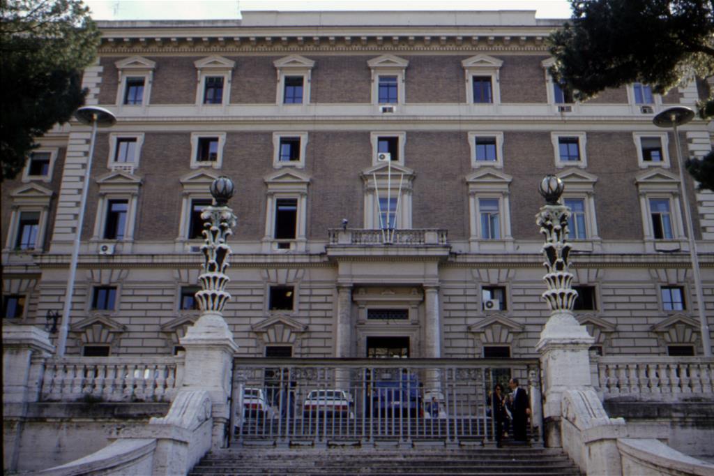 Il viminale piu controlli ed espulsioni per gli irregolari - Design degli interni roma ...