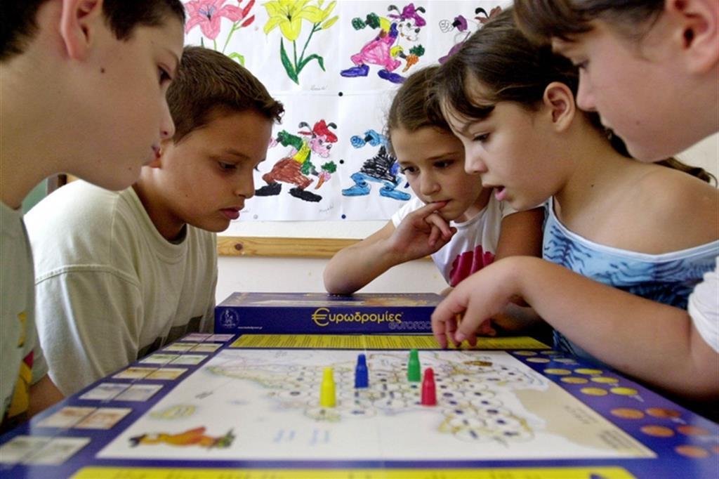 Da tavolo o in scatola i giochi sono fatti for Tavolo giardino delle parole chicco