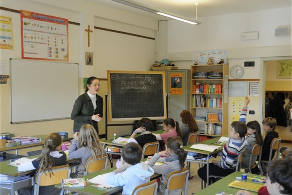 Lezione in una scuola elementare paritaria (Boato)