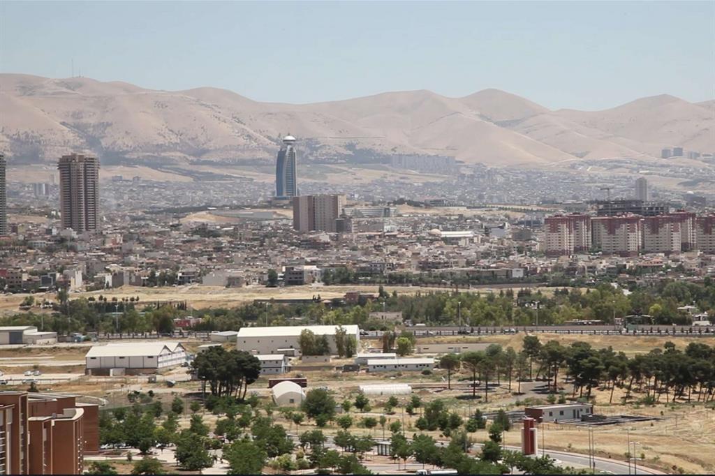 Suleymaniyah è il capoluogo dell'omonimo governatorato, nel Kurdistan iracheno: la città conta circa 800mila abitanti e alla periferia ospita i campi profughi di Ashti  (foto Lucaroni)