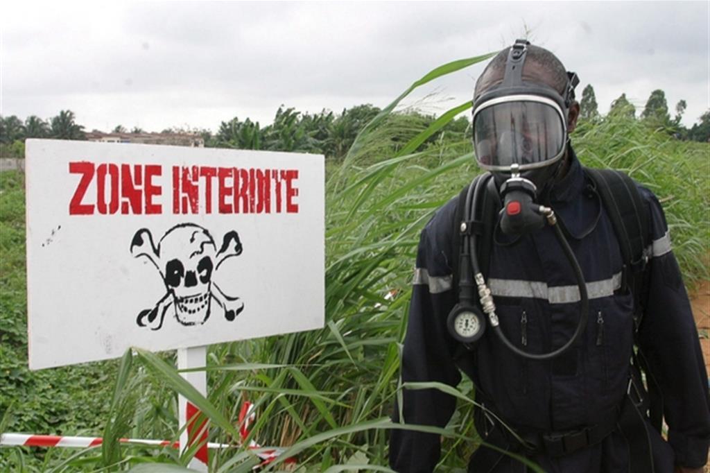 Ex 007 rivela: «L'Africa resta la meta dei rifiuti tossici»