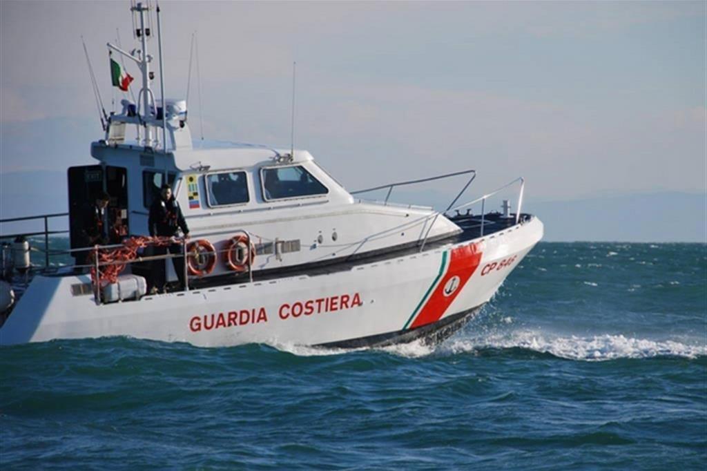 Immigrazione, intercettati tre barconi al largo delle coste agrigentine