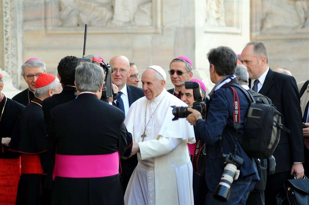 Papa Francesco arriva in Duomo -