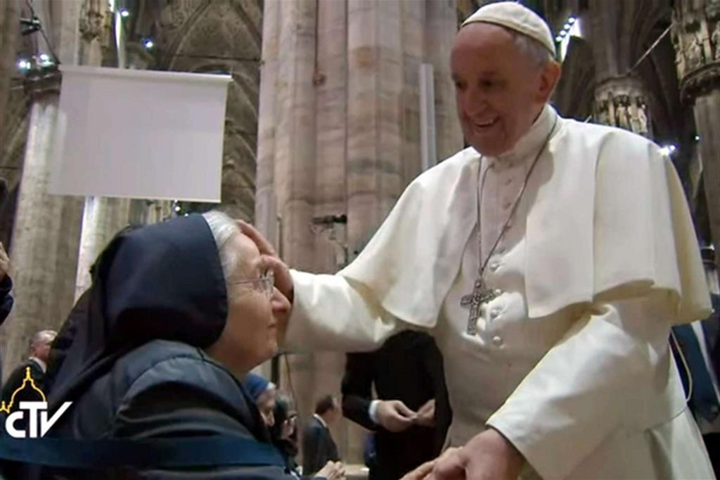 Incontro con religiosi e sacerdoti anziani e malati -