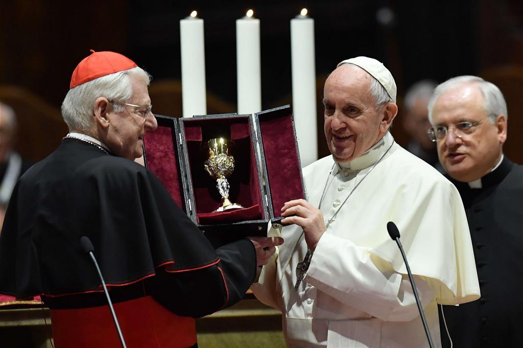Il dono di Francesco alla diocesi ambrosiana, un calice -