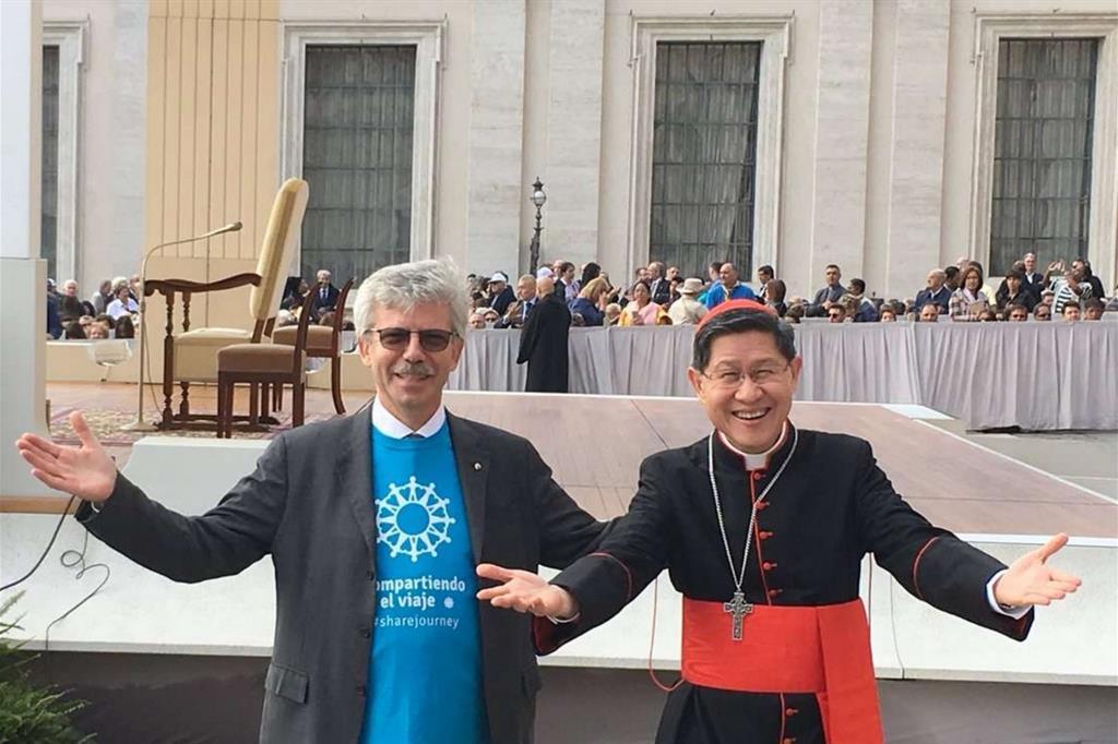 Il segretario generale, Michel Roy e il presidente di Caritas Internationalis, il cardinale Tagle -