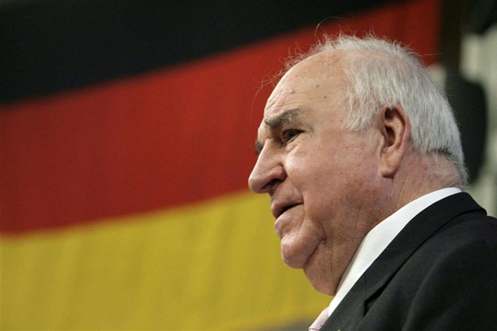 E' morto Helmut Kohl, il cancelliere della riunificazione della Germania e della moneta unica europea KohlANSA
