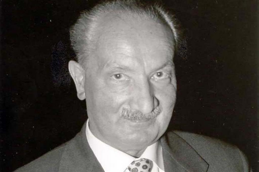 """Heidegger spiegato dai """"Quaderni neri"""""""