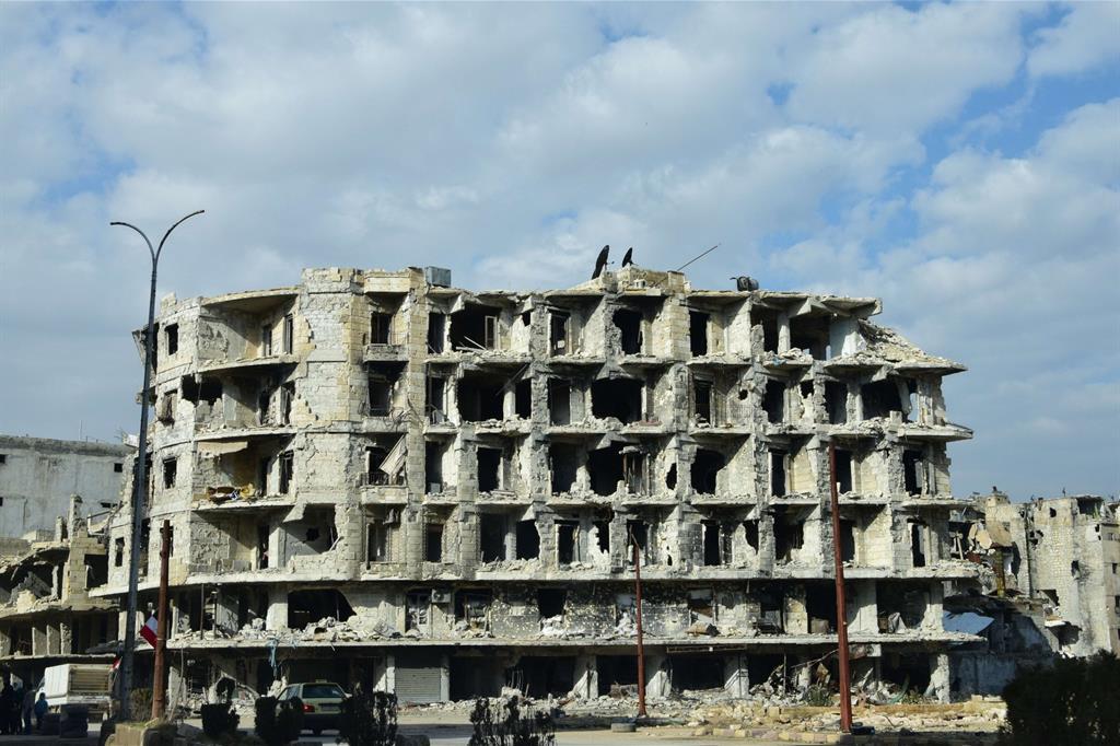 Palazzi completamente distrutti ad Aleppo Est (Le foto sono di Fulvio Scaglione) -