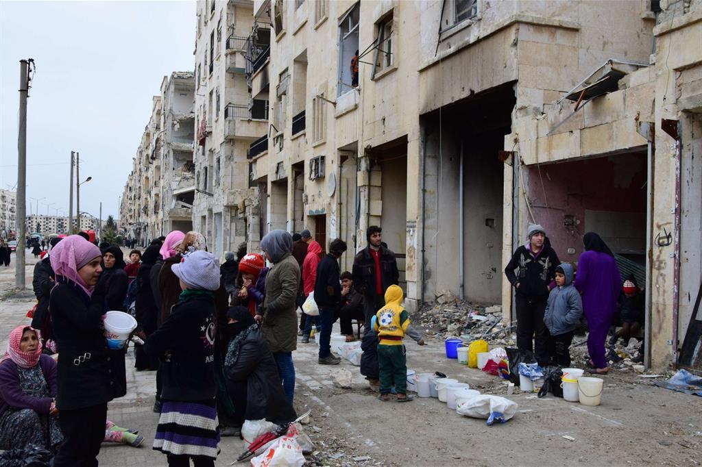 Distribuzione del cibo ad Aleppo Est -