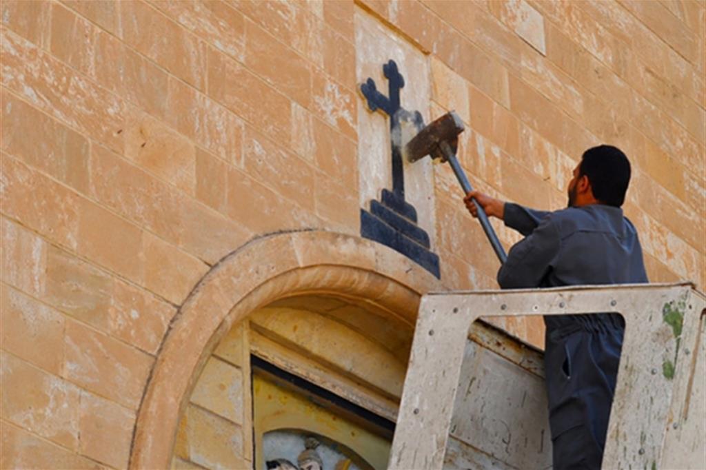 Quasi cento chiese distrutte dal daesh a mosul - Pagine da colorare croci ...