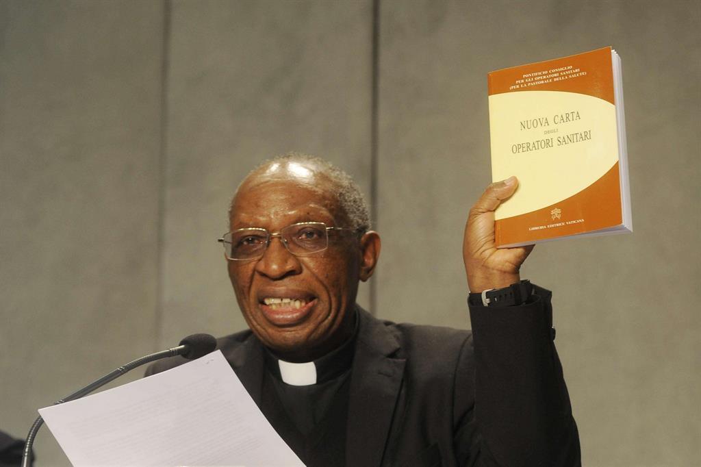 Monsignor Jean-Marie Mate Musivi Mupendawatu, Segretario delegato del Dicastero per il Servizio dello Sviluppo Umano Integrale (Siciliani)