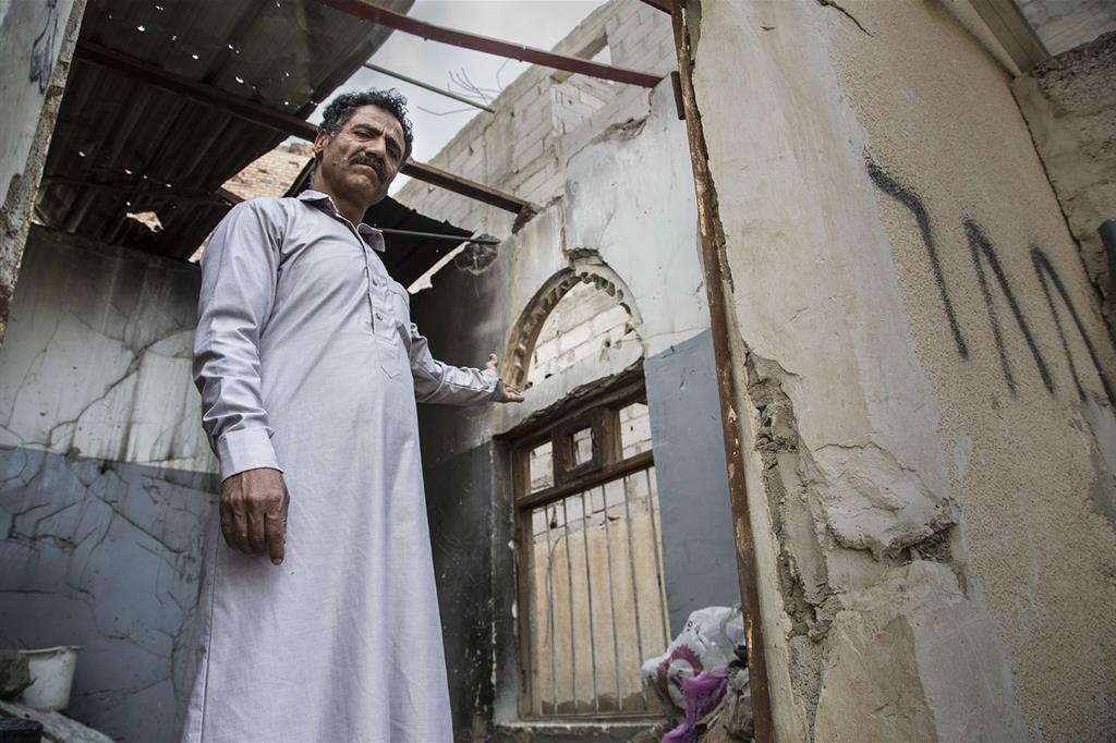 I continui bombardamenti della coalizione filosaudita hanno distrutto abitazioni, scuole, ospedali  (Oxfam - Gabreez) -