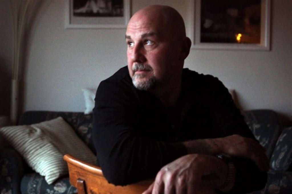 Joe D'Ambrosio tiene 56 años y lucha contra la pena de muerte.