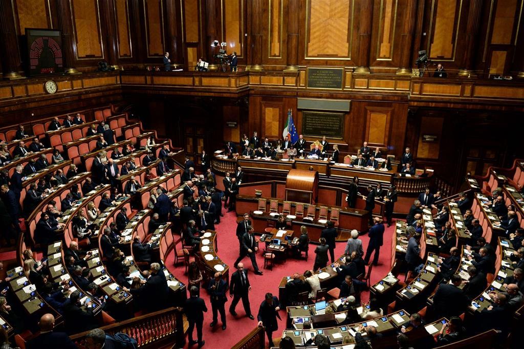il centrodestra si spacca sulla presidenza del senato On senato e parlamento
