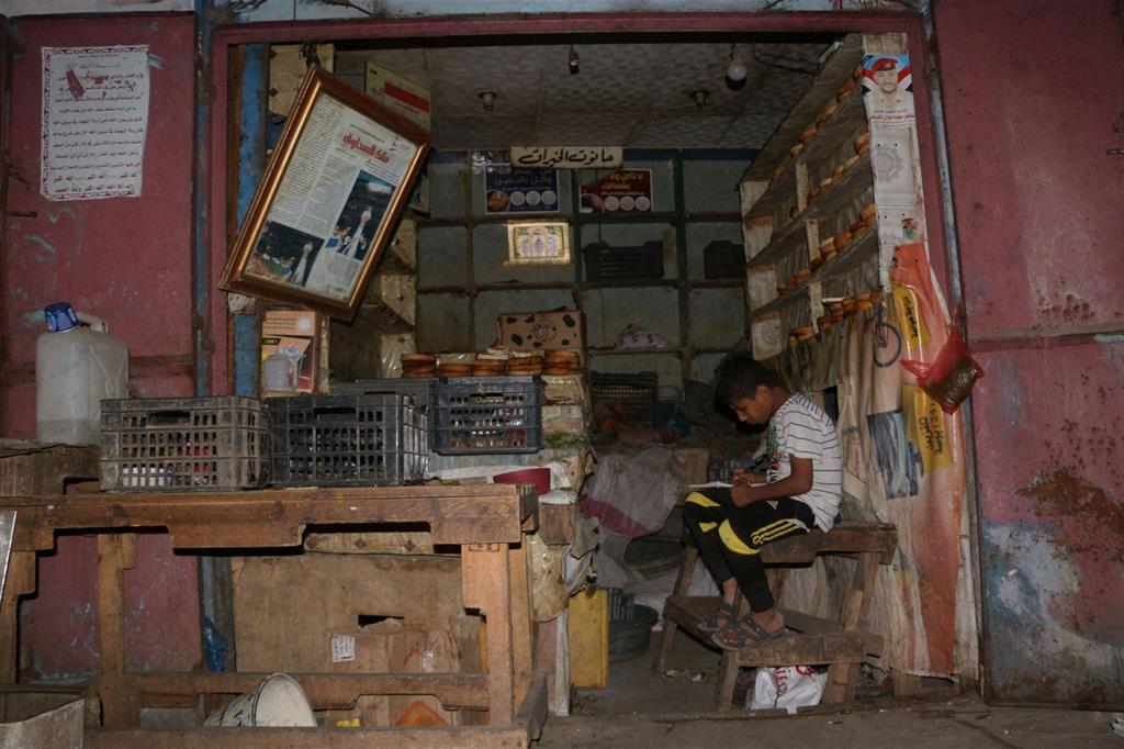 Un negozio vuoto a Taiz (Abdulnasser Al-Sedek/Oxfam) -
