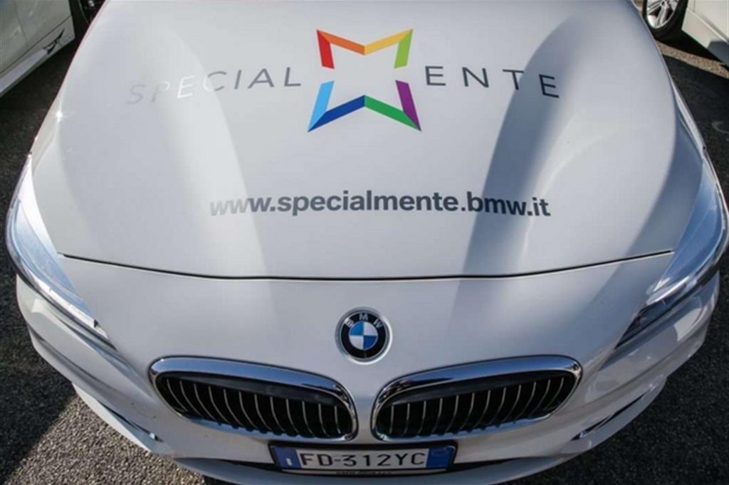 """Bmw e """"SpecialMente"""": che bella l'auto che fa del bene"""