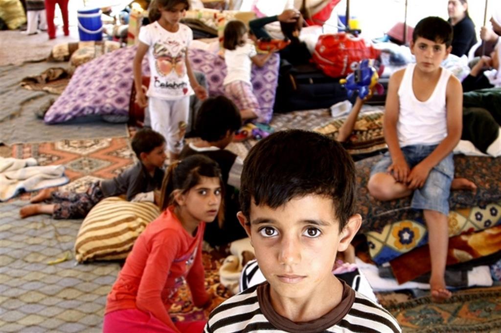 Profughi yazidi in un campo profughi nel Kurdistan iracheno