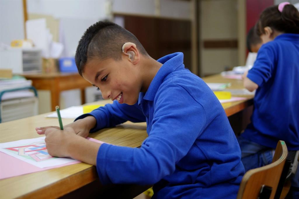 Uno degli studenti sordi dell'istituto Effetà a Betlemme voluto da Paolo VI (foto Federico Ghelli)