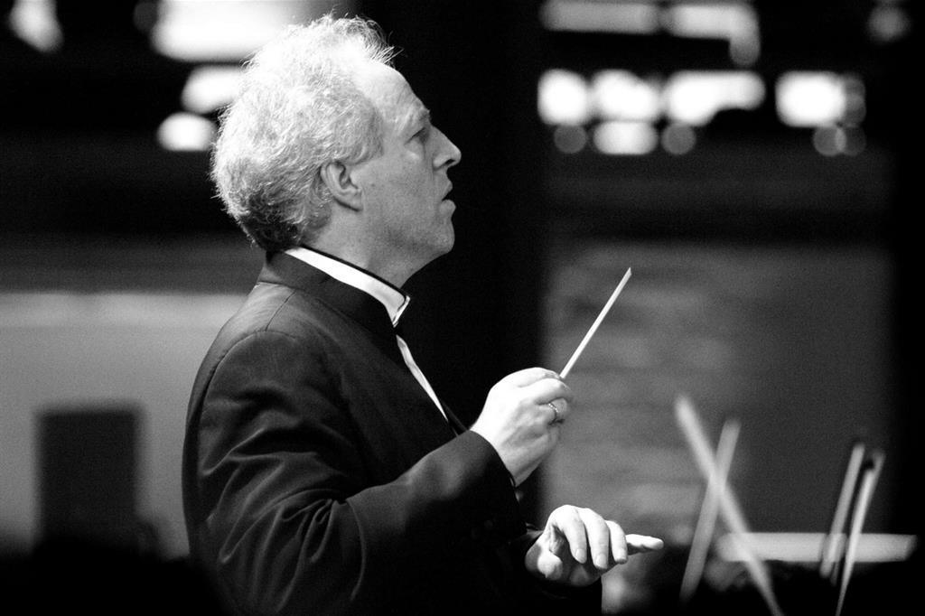 Il direttore d'orchestra austriaco Manfred Honeck
