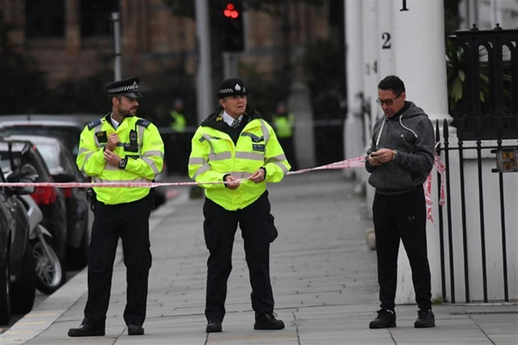 Il fatto è avvenuto davanti a una moschea a Cricklewood, sobborgo nord-occidentale di Londra (Ansa)
