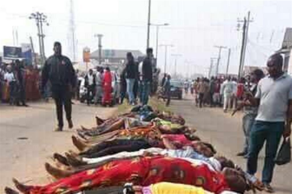 Uccise almeno 16 persone alla Messa di mezzanotte