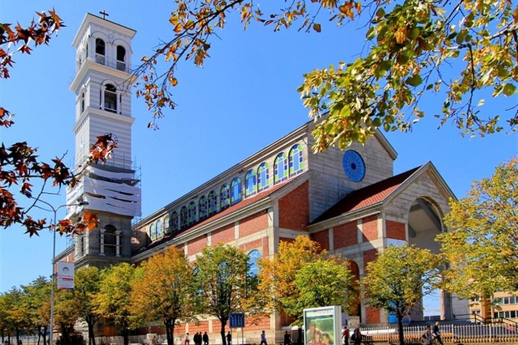 La Cattedrale di Pristina (Ansa)