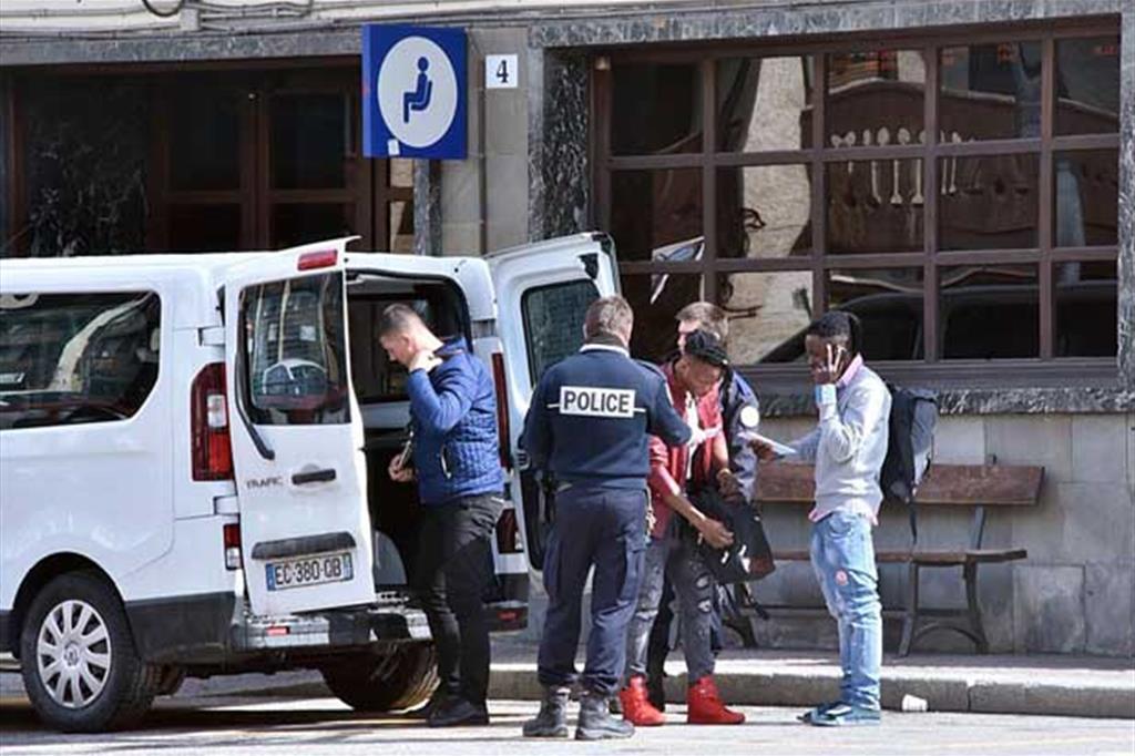 La Procura apre fascicolo sul blitz dei gendarmi a Bardonecchia