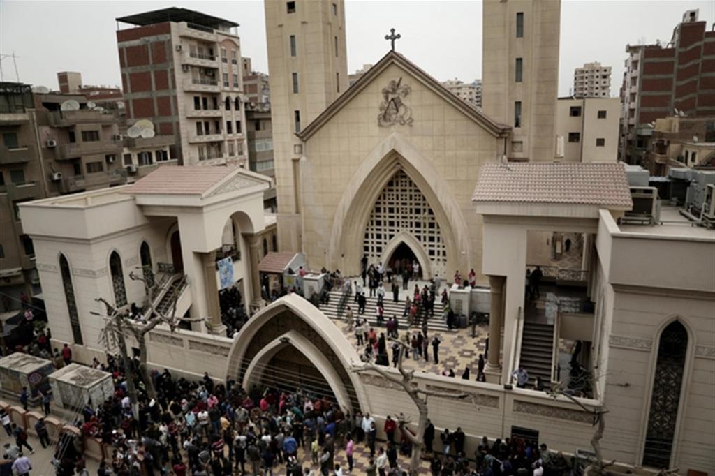 La chiesa copta di San Giorgio a Tanta colpita il 9 aprile 2017 dai fondamentalisti islamici (Ansa)