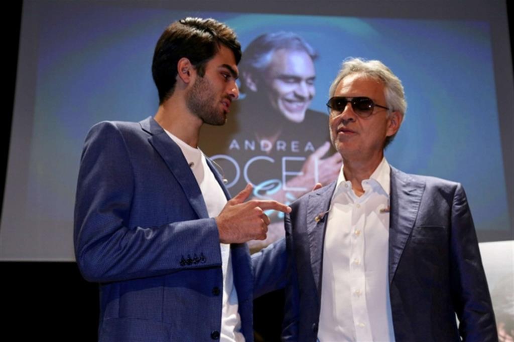 """Andrea Bocelli al teatro Gerolamo di Milano alla presentazione del nuovo disco """"Sì"""" (Massimo Alberico)"""
