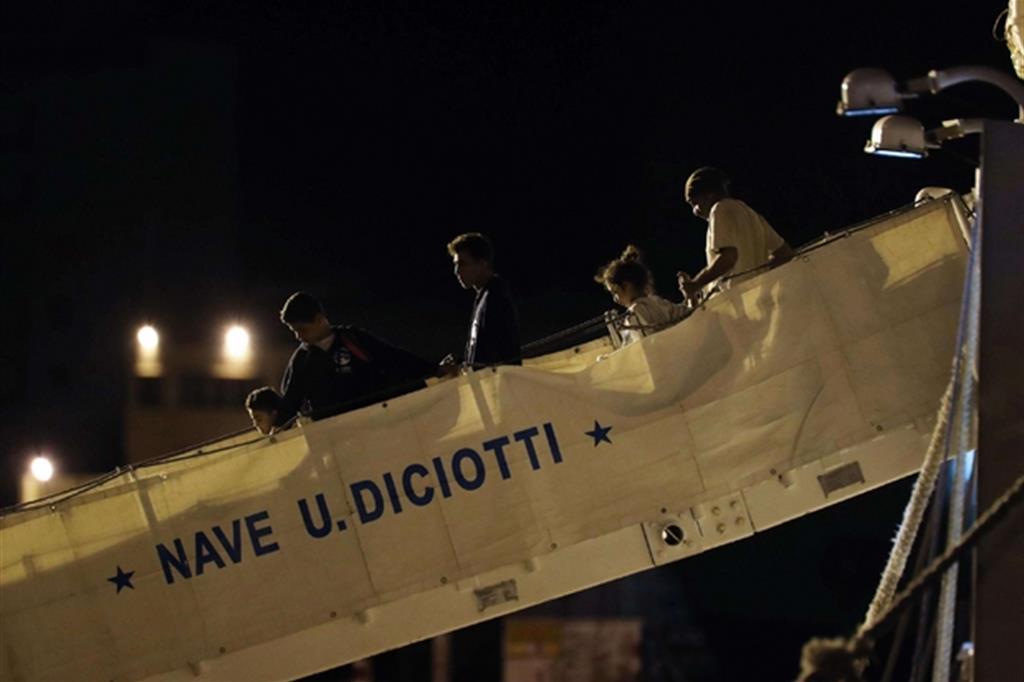 Mattarella e Conte liberano 67 ostaggi