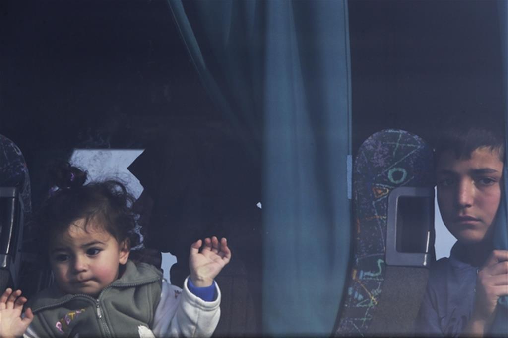 Bambini siriani rifugiati (Ansa)