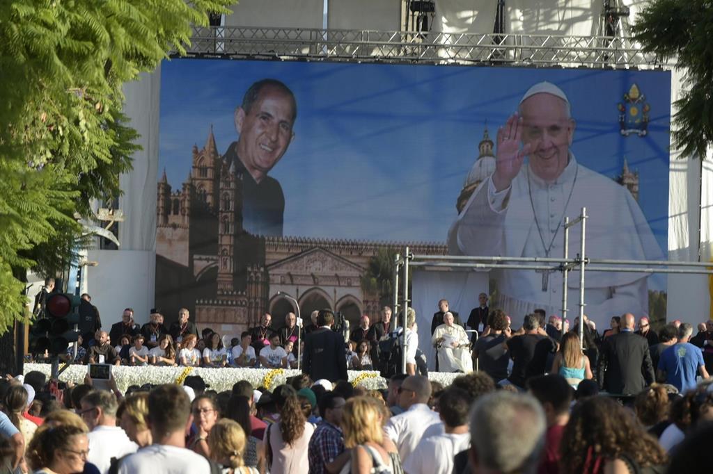 Il 15 settembre papa Francesco è a Palermo, nel ricordo di padre Pino Puglisi (Ansa) -
