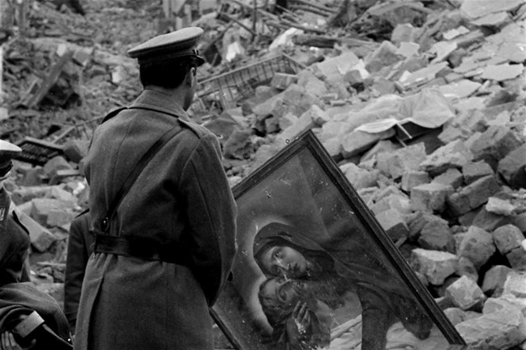 Gibellina (Archivio Ansa). Le case di tufo crollarono, chiese e campanili anche. Si contarono 300 morti, mille feriti e 70mila sfollati. -