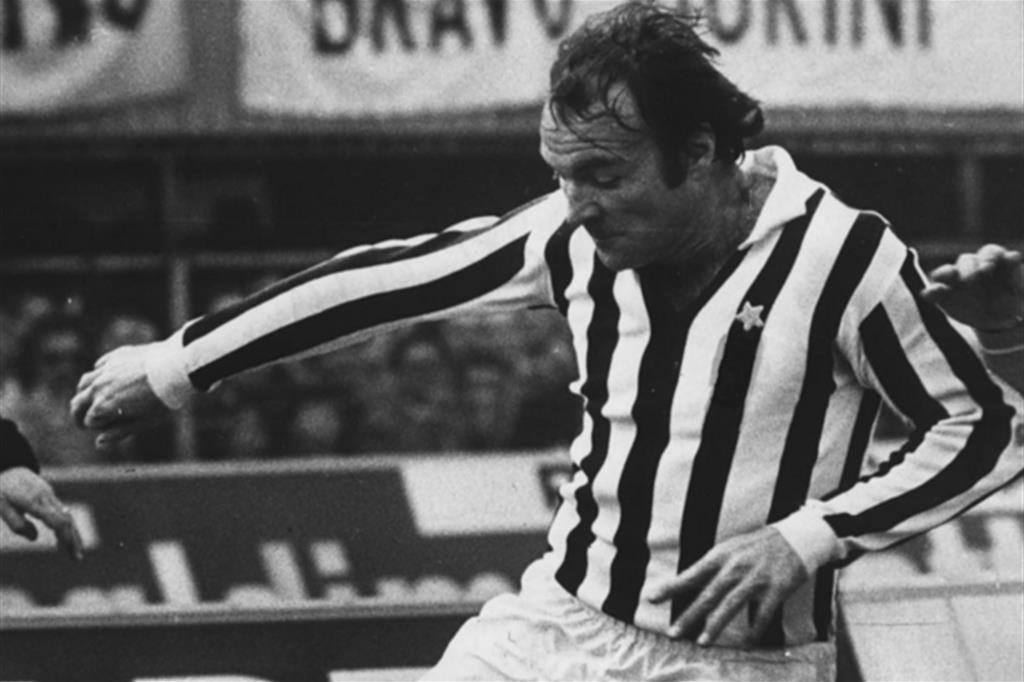 Josè Altafini con la maglia della Juventus