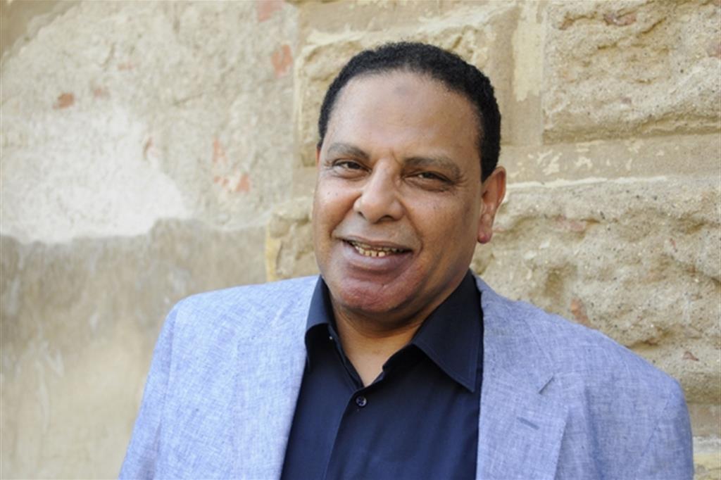 Lo scrittore Al-Aswani: «L'Egitto attende ancora la democrazia»