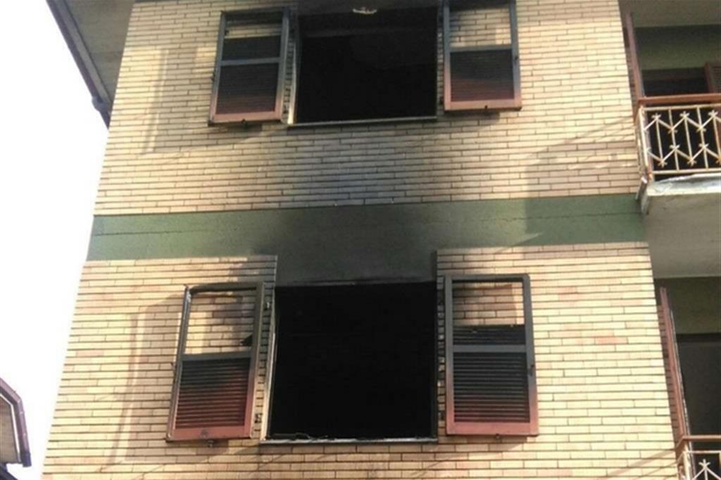 Spinetoli, il centro per migranti incendiato