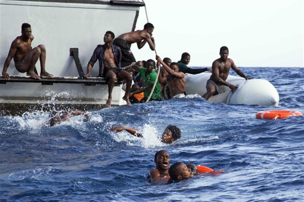 «Un altro salvataggio, ma non potevate lasciarli morire», così scriveva tra l'altro su Facebook la prof condannata (Sea-Watch/Ansa)