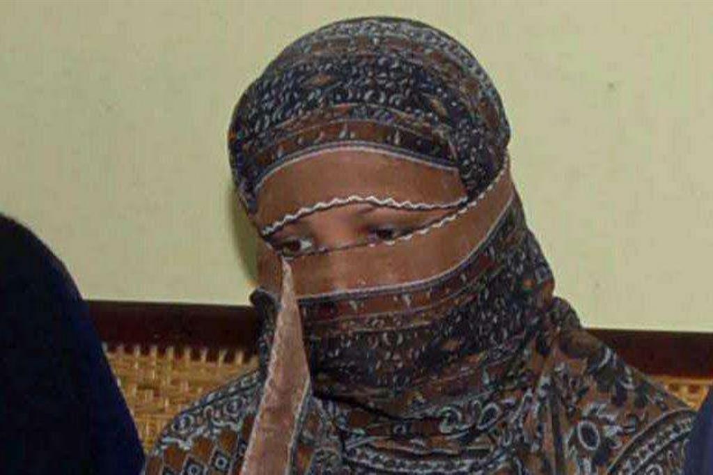 Una foto datata 8 novembre 2010: Asia Bibi in tribunale (Ansa)