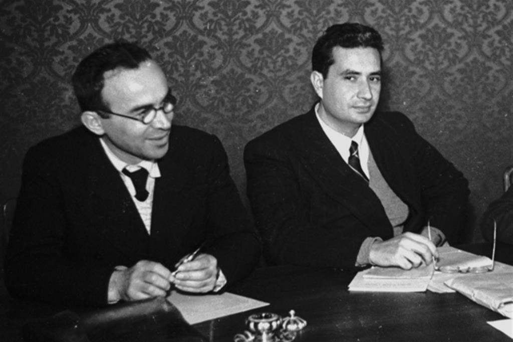 Giorgio La Pira e Aldo Moro a Montecitorio nel 1947 (foto Alinari)