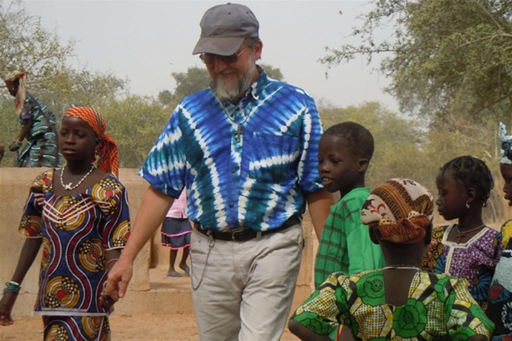 Padre Pierluigi Maccalli (Foto per gentile concessione di Società Missioni Africane / Mesì Mesì Onlus)