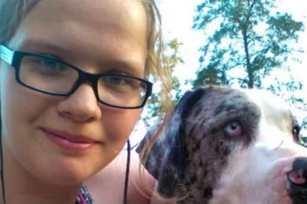 La giovane Ximena Knoll, uccisa dalla polvere eutanasica