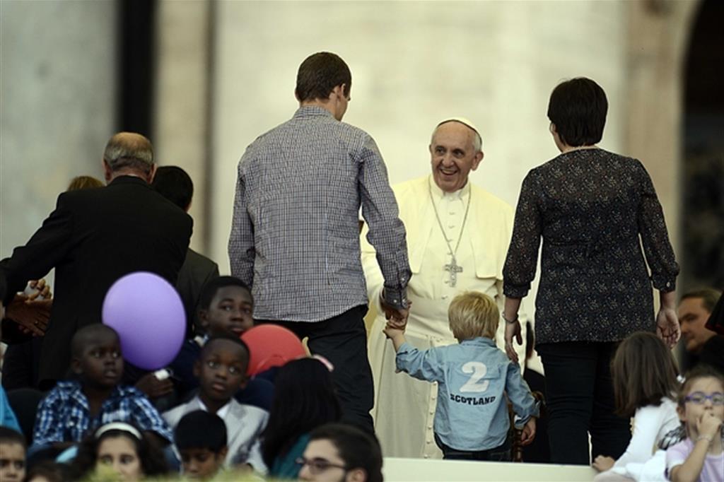 26 ottobre 2013, il Papa incontra le famiglie in Vaticano (Foto Gennari)