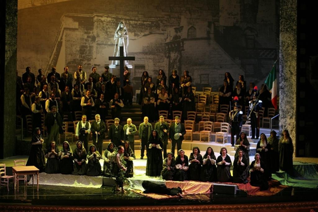 """La """"Cavalleria rusticana"""" di Mascagni, ispirata alla novella di Verga, nell'allestimento del Teatro di San Carlo del 2007"""