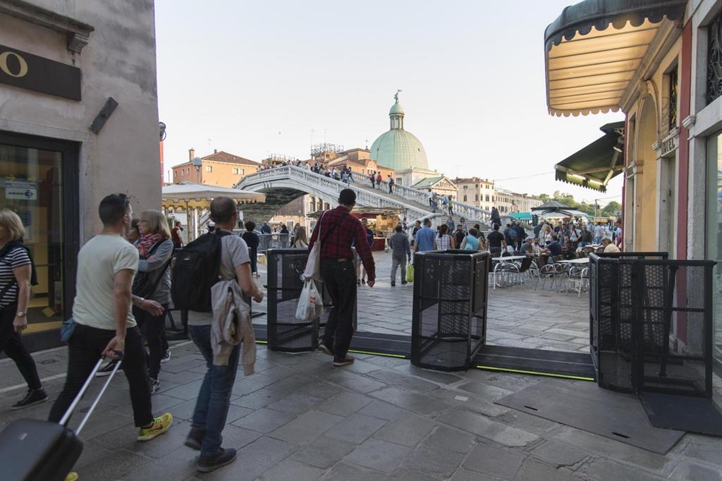 Venezia, in arrivo quattro «bollini colorati» per la tassa d ...